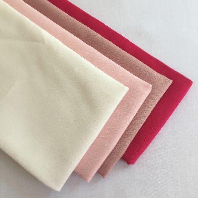 Lot de 4 coupons tissu uni rose