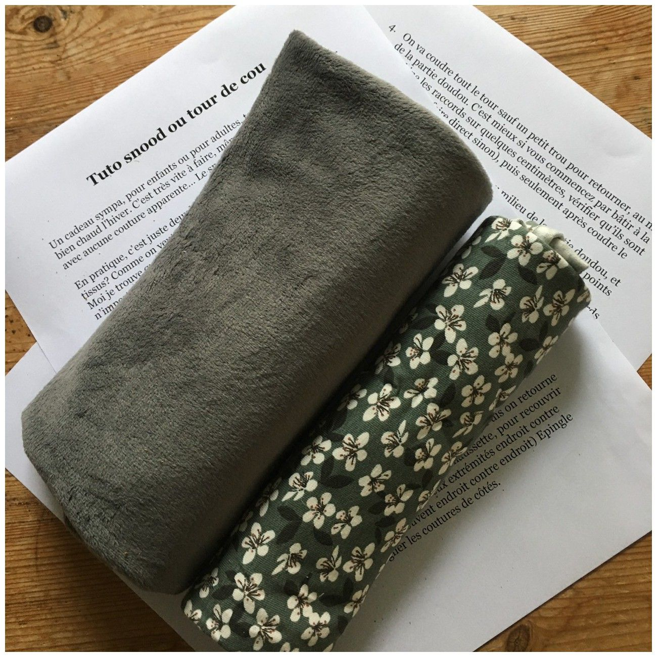 Kit Snood Fleurs gris